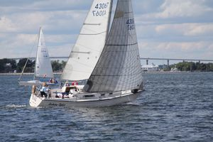 Used Pearson 32 Racer and Cruiser Sailboat For Sale