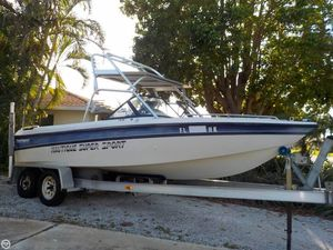 Used Correct Craft 23 Nautique Super Sport Ski and Wakeboard Boat For Sale