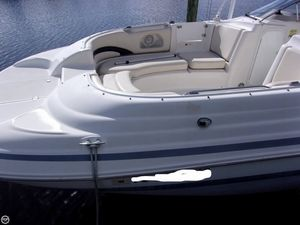 Used Chris-Craft 260 Sport Deck Boat For Sale