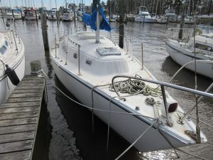 Used Pearson 30 Cruiser Sailboat For Sale