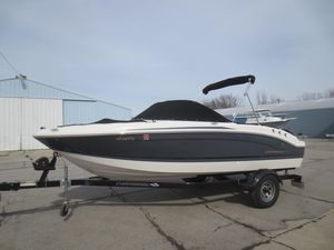 Used Chaparral 19 H2O Sport19 H2O Sport Bowrider Boat For Sale