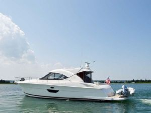 Used Riviera Cruiser 4400 Sports Cruiser Boat For Sale