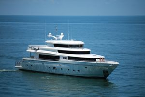Used Johnson 108 Skylounge Motor Yacht For Sale