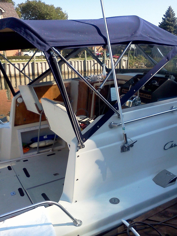 Used Chriscraft Catalina Cruiser Boat For Sale