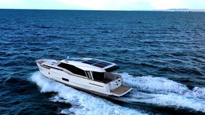 New Greenline 48 Coupe Hybrid Cruiser Boat For Sale