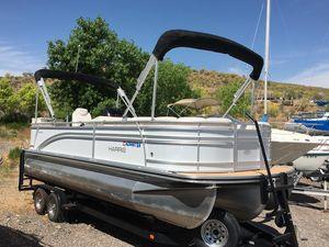 Used Harris Flotebote 240 Sunliner TT Pontoon Boat For Sale