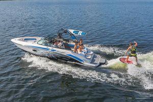 New Vortex 2430 VRX2430 VRX Jet Boat For Sale