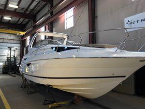 Used Larson Cabrio 315 Cruiser Boat For Sale