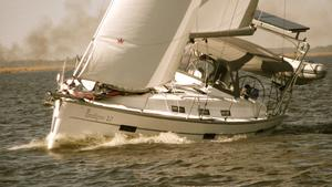 Used Bavaria Cruiser 40 Sloop Sailboat For Sale