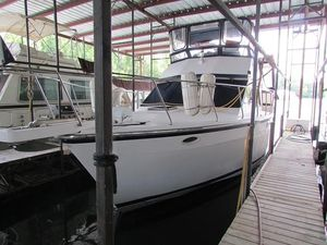 Used Jefferson 37 Aft Cabin Cruiser Boat For Sale
