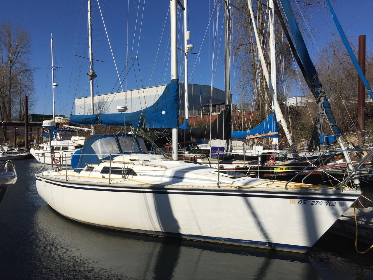 1987 Used Hunter 28 5 Sloop Sailboat For Sale - $11,000 - Portland