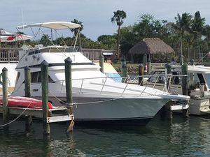Used Trojan 10 Meter Sedan Express Cruiser Boat For Sale