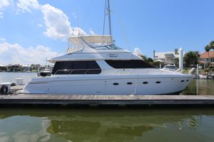 Used Carver Voyager 530 Motor Yacht For Sale