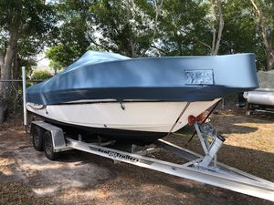 Used Century 2000 Center Console2000 Center Console Saltwater Fishing Boat For Sale