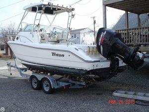 Used Triton 2486 Walk Around Walkaround Fishing Boat For Sale