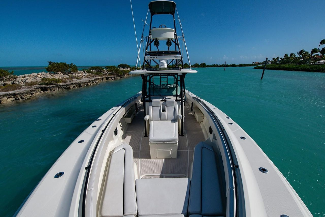 2013 Used Hydra-Sports 4200 SF Center Console Fishing Boat ...