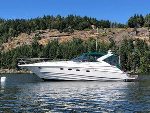Used Regal 4160 Commodore Motor Yacht For Sale