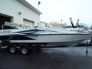 Used Lowe SD224SD224 Deck Boat For Sale