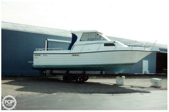 Used Penn Yan 305 Rampage Cruiser Boat For Sale