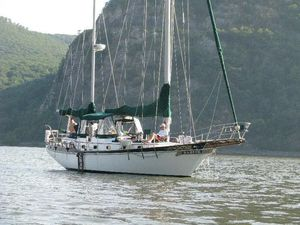 Used Island Trader 41 Center Cockpit Cruiser Sailboat For Sale