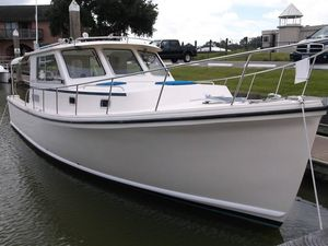 Used Atlas Boat Works Acadia 32 Cruiser Boat For Sale