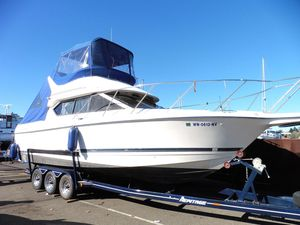 Used Bayliner 2858 Ciera Command Bridge Cruiser Boat For Sale