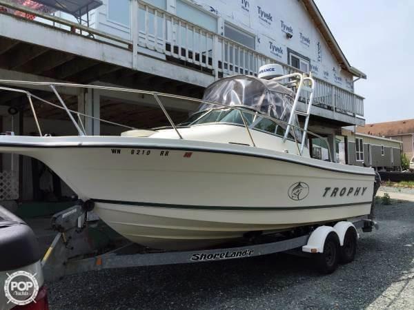 Used Trophy 22 WA Walkaround Fishing Boat For Sale