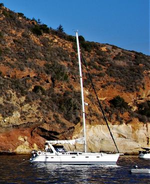 Used Hunter 430 Cruiser Sailboat For Sale