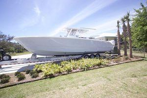 New Invincible 40 Catamaran Center Console Fishing Boat For Sale