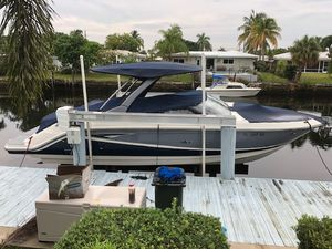 New Sea Ray 280 SLX Sports Cruiser Boat For Sale