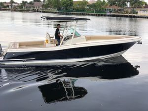 Used Chris Craft Catalina 29 Sun Tender Center Console Fishing Boat For Sale