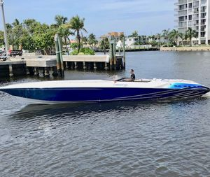 Used Fountain 42 Executioner - Boat is in Miami Beach High Performance Boat For Sale