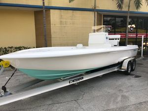 New Contender 25 Bay Sports Fishing Boat For Sale