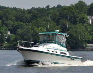 Used Albin 32 + 2 Command Bridge Cruiser Boat For Sale