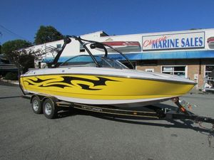 Used Ski Centurion Ski and Wakeboard Boat Ski and Wakeboard Boat For Sale