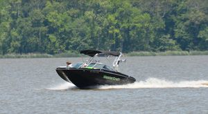 Used Mastercraft X25X25 Ski and Wakeboard Boat For Sale