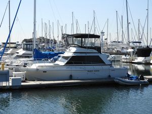 Used Uniflite Sport Sedan Flybridge Boat For Sale