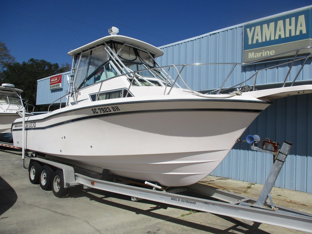 2000 Used Grady-White 272 Sailfish Cuddy Cabin Boat For Sale