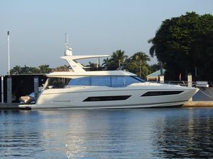Used Prestige 680 Fly Motor Yacht For Sale