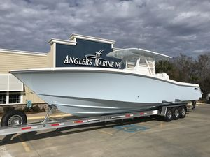 New Invincible 3939 Center Console Fishing Boat For Sale