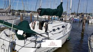Used Beneteau First 310 Racer and Cruiser Sailboat For Sale