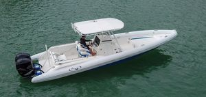 Used Airship 330 Center Console Fishing Boat For Sale