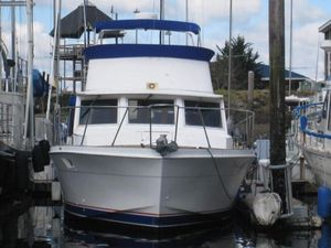Used Uniflite Double Cabin Motor Yacht For Sale