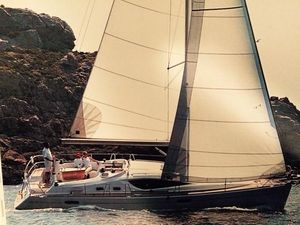 Used Jeanneau 39DS Deck Saloon Sailboat For Sale