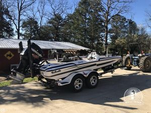Used Bass Cat 19 Caracal Bass Boat For Sale