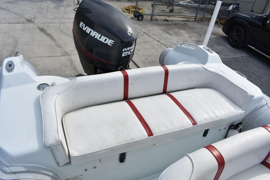 2003 Used Nautica 22 Wide Body Center Console Fishing Boat