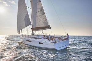 New Jeanneau 410 Cruiser Sailboat For Sale