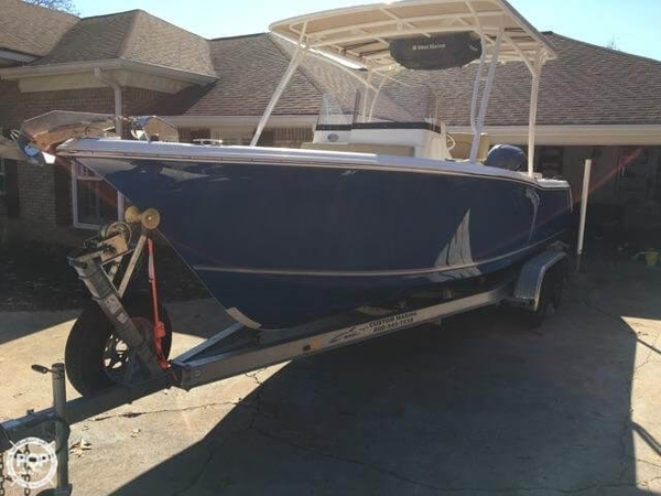 Used Sea Hunt 24 Edge Center Console Fishing Boat For Sale