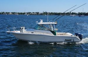 Used Pursuit 3070 Offshore Center Console Center Console Fishing Boat For Sale