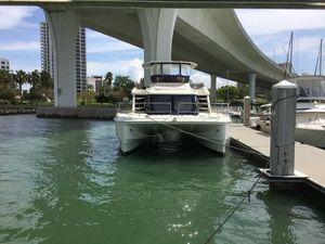 Used Aquila 48 Mega Yacht For Sale